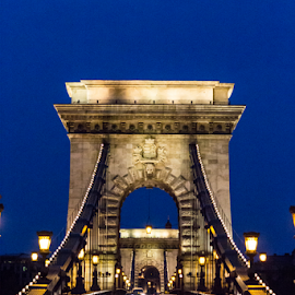 BUDAPEST - CHAIN BRIDGE by Ana Luiza Ribeiro - Buildings & Architecture Bridges & Suspended Structures