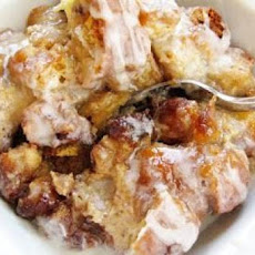 Crock Pot Bread Pudding in Caramel Sauce