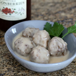 Swedish Meatballs with Sour Cream Sauce