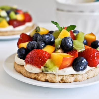 Personal Pan Fruit Pizzas with Whole Wheat Cinnamon Sugared Crust
