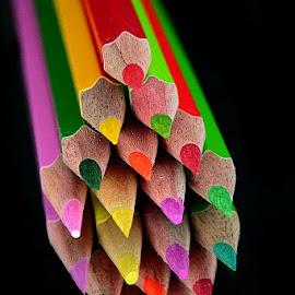 Little arrows by Rakesh Syal - Artistic Objects Still Life