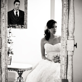 Bride and Groom by Tatiane Maria - Wedding Bride & Groom