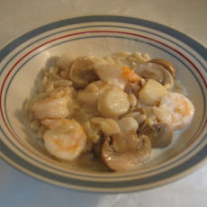 Decadently Creamy Shrimp and Scallop Scampi With Orzo