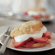 Easy Strawberry Shortcakes