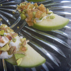Apple Slices With Goat Cheese and Pistachios