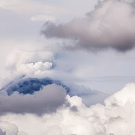 volcano and clouds by Alfonso Emmanuel Galina - Landscapes Mountains & Hills ( clouds, 19octubre2014, volcano )