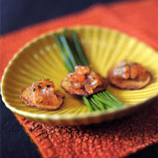 Salmon Gravlax Tartare on Crisp Potato Slices