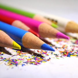 Color Pencils by Kusal Ranasinghe - Artistic Objects Education Objects