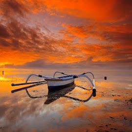 ALONE by Made Geriaputra - Transportation Boats