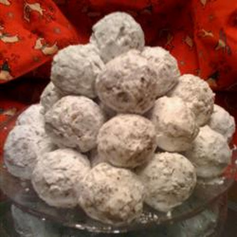 Christmas Date-Nut Balls | kumquat | gluten-free recipes