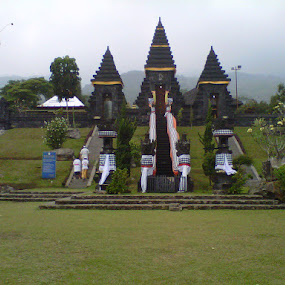 Pura Parahyangan Agung Jagatkartta kerennn bangettt by Piet Leba - Buildings & Architecture Public & Historical