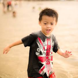 a by Antonius Tong - Babies & Children Children Candids