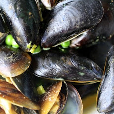 Bombay Mussels with Peas