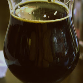 Delicious Stout Beer by Roxanne Dean - Food & Drink Alcohol & Drinks ( drinks home brew beer dark beer alcohol )