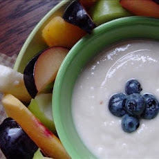 Fresh Fruit With Dipping Sauce