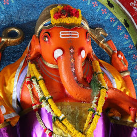 GANAPATI BAPPA MAURYA... by Anirban Bhattacharyya - Artistic Objects Antiques