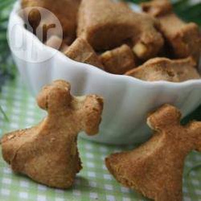 Brie's Simple Four Ingredient Peanutty Dog Bites