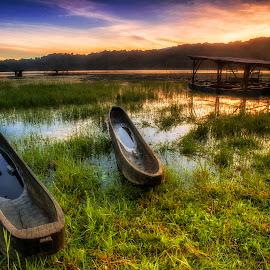 Traditional Boat of Tamblingan by Bayu Adnyana - Transportation Boats ( bali, traditional, transportation, boat, tamblingan )
