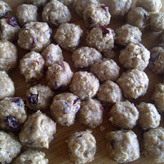 Oatmeal Raisin Cookie Cereal Bites