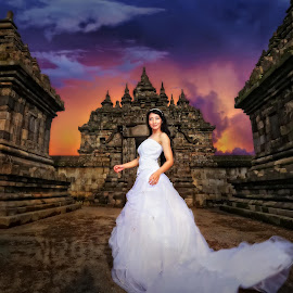 palaosan temple by Anugrah Fajar - People Fashion