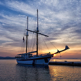 Zadar by Kristijan Vucko - Landscapes Sunsets & Sunrises ( sunset, croatia, sea, boat, zadar )