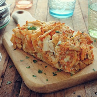 Buffalo Chicken Pull-Apart Bread