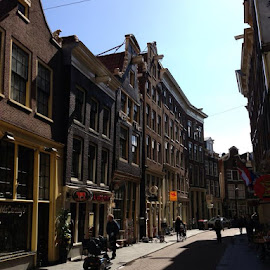 Amsterdam shops/houses by Peter Ro - Novices Only Street & Candid