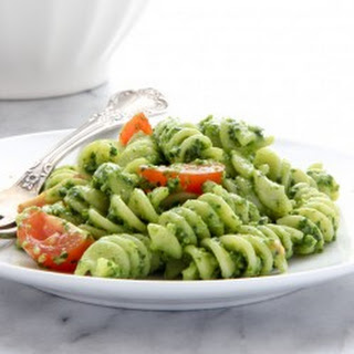 Spinach Pesto Pasta Salad