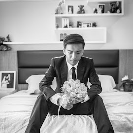 Ready by Edvin Lam - Wedding Groom
