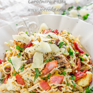 Roasted Cauliflower and Mushrooms Carbonara Pasta