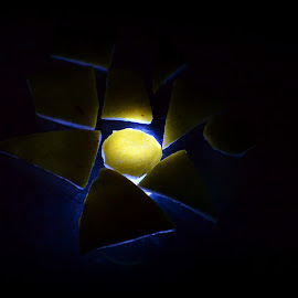 Shapes with glowing edges by Prasanta Das - Abstract Patterns