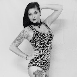 Leopard print girl by Nikki Chisolm - People Body Art/Tattoos