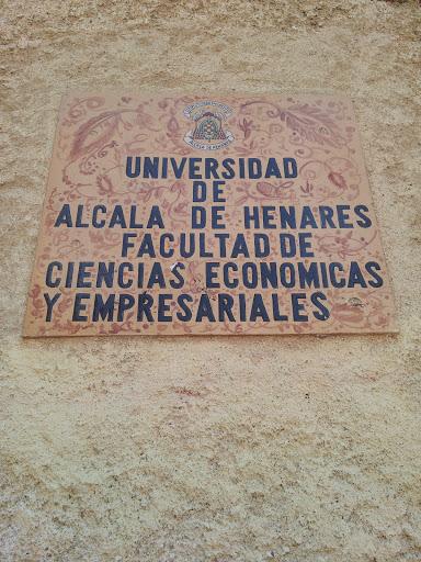 Facultad de Económicas y Empresariales