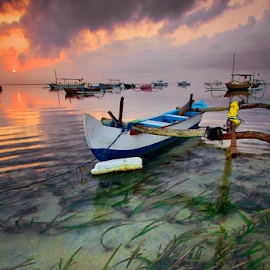 by Wahyu Mahendranata - Transportation Boats