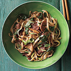 Stir-Fried Rice Noodles with Beef and Spinach