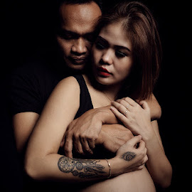 * by Fahmi K'lines - People Maternity ( improving mood, moods, red, love, the mood factory, inspirational, passion, passionate, enthusiasm )
