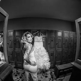 Amber by Cesar Palima - Wedding Bride