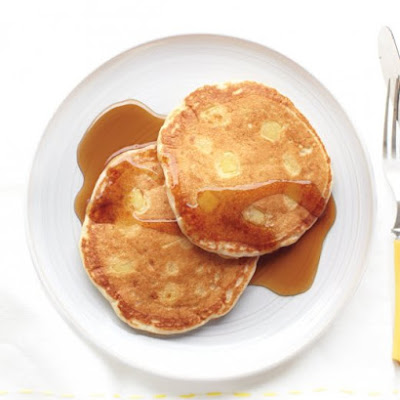 Apple-Buttermilk Pancakes