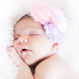 I had an absolute blast with Jessica Erickson-Barakat & Gabriel Barakat shooting this bundle of love, Lucy! <3 My camera has never shot so much cuteness!!! #lucillemargaux Christina Mia Photography by Christina Mia - Babies & Children Babies