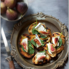 Fresh Fall Figs with Humbolt Fog (Cheese)...on Bruschetta