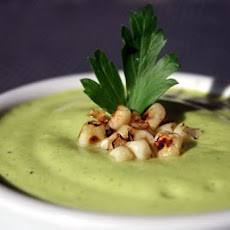 Chilled Avocado and Zucchini Soup