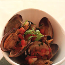 Smoked Clams With Tequila Sauce
