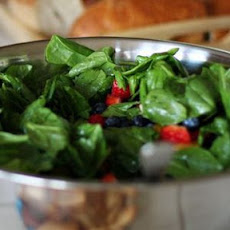 Delicious Spinach & Strawberry Salad