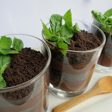 Chocolate Dirt Pudding Pots