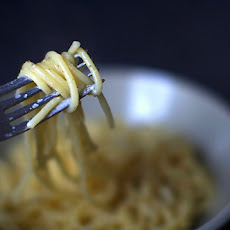 Spaghetti with Cheese and Pepper [Spaghetti Cacio e Pepe]