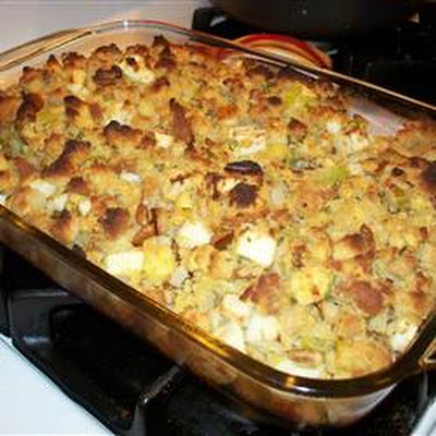 Apple Pecan Cornbread Dressing