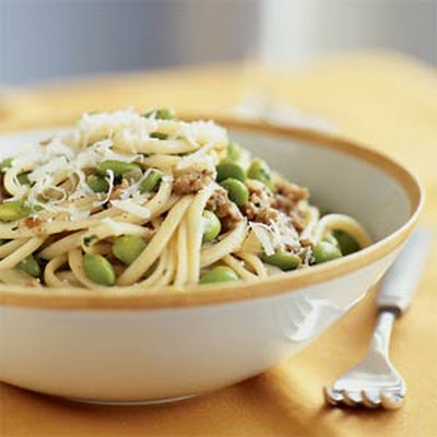 Linguine with Soybeans and Sausage