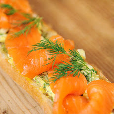 Open-Faced Baguette with Cured Salmon and Sauce Tartare