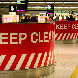 Keep Clear by Johannes Oehl - Buildings & Architecture Other Interior ( airport, dublin, luggage claim, arrival, line, people )