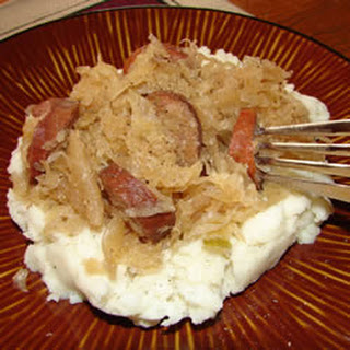 Slow Cooker Sauerkraut and Sausage